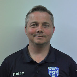 http://aylesfordfc.co.uk/wp-content/uploads/AFC_Simon-Buck-U12_s-Manager-320x320.jpg